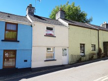 Charming terraced cottage in the heart of the village...
